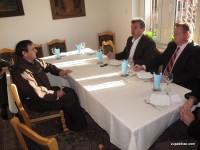 Posjet načelnika Galijaševića i predsjedavajućeg OV-a Bihać Jurića župnom uredu u Bihaću