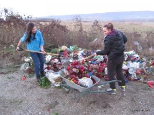 Odvoz smeća s groblja na Vrkašiću