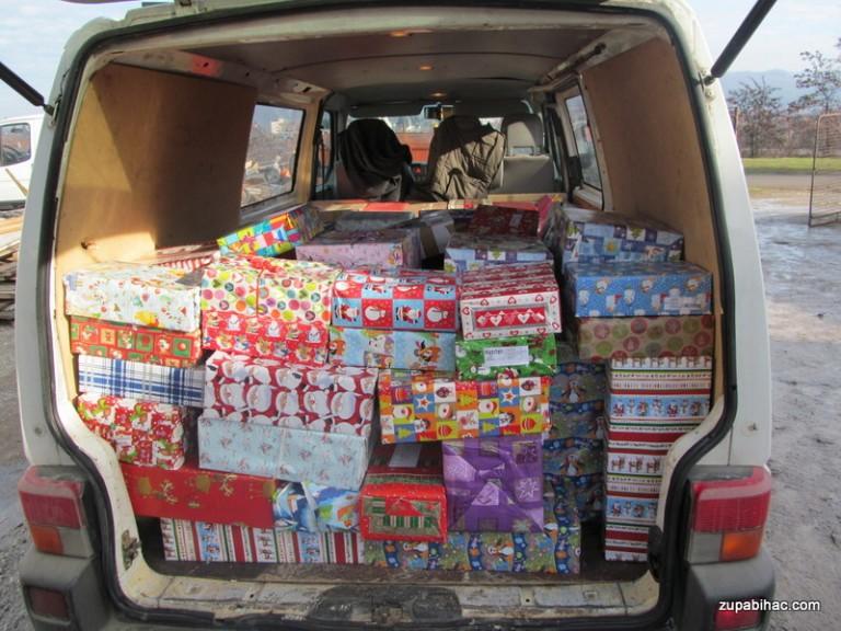 Božićni paketići za najmlađe župljane